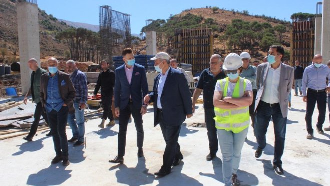النائب جنبلاط عرض في المختارة احتياجات المواطنين وتفقد مشروع شركة مياه الباروك الجديد