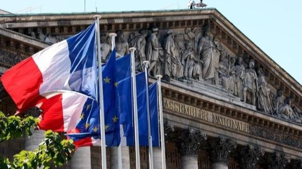 الخارجية الفرنسية عن تعليق التحقيق بانفجار المرفأ: سنواصل دعم عمل القضاء بشكل مستقل