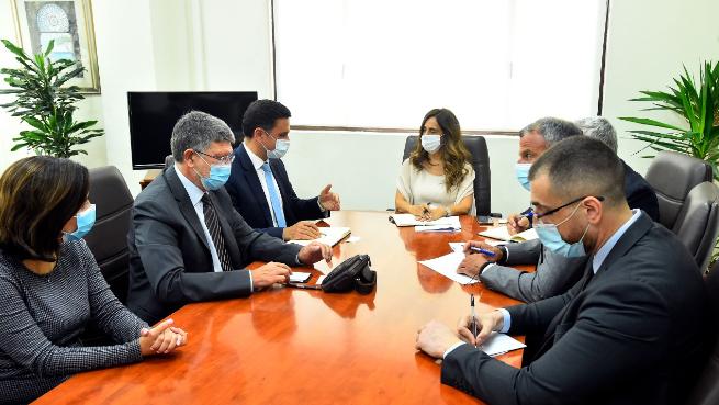 عكر إستقبلت وفداً من الإتحاد الأوروبي: لدعم لبنان بشكل عاجل بالمساعدات الإنسانية والتربوية